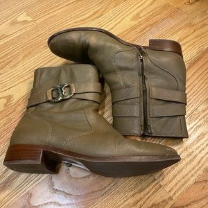 Tory Burch Light Brown/Tan Boots